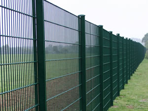 358 Mesh Panels With Razor Wire Fencing Suitable For