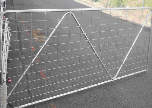 Reinforced Steel Fence Gate for Cattle Fencing