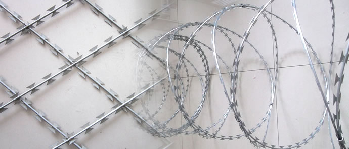 358 Mesh Panels with Razor Wire Fencing Suitable for Electric Alarm ...