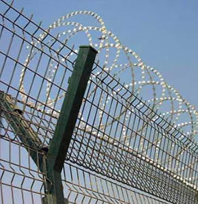 Y Post Supported Airport Security Fence with Concertina Razor Wire